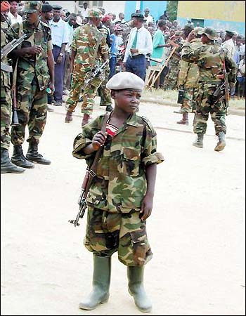 external image 23-10-child-soldiers.jpg